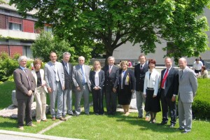 Visit from the EQUIS Accreditation Board between 9 and 11 May 2006.