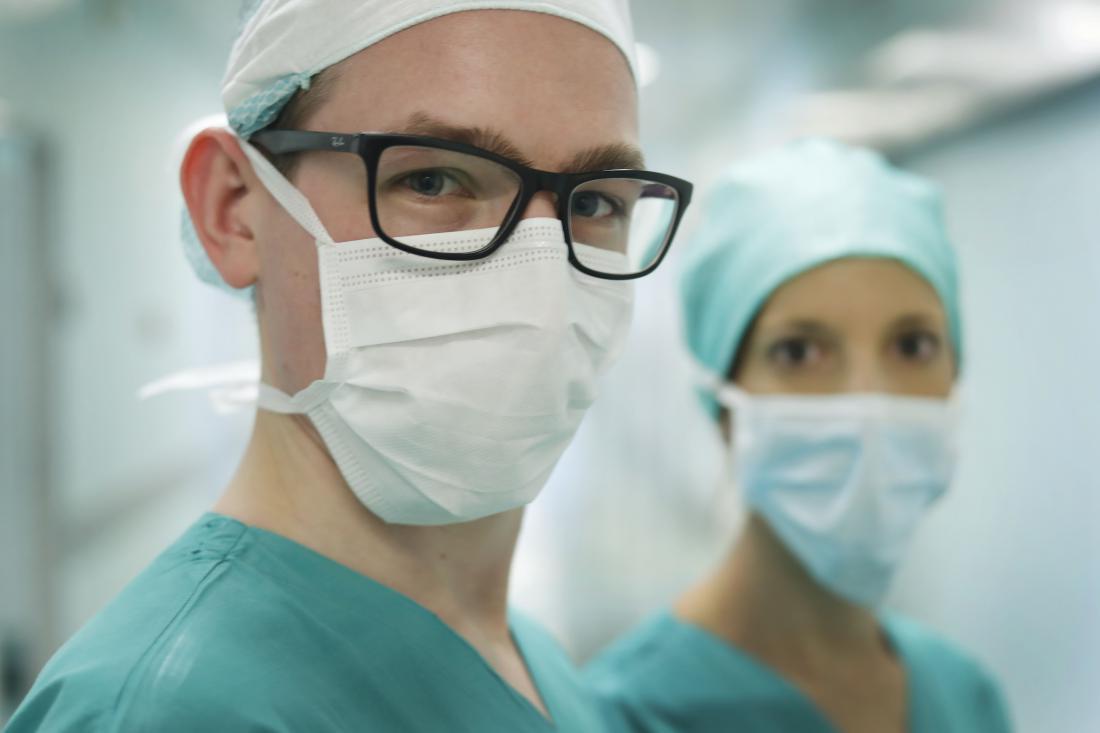 koronavirus-mladi-zdravniki-foto-leon-vidic_large